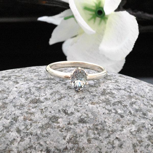 aquamarine_ring