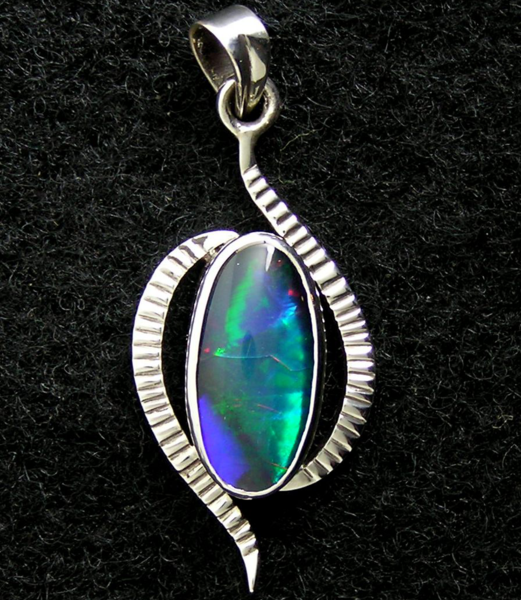 opal-doublet_pendant-sold