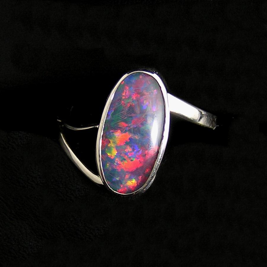 opal-doublet_ringx_silver-shank-splitside
